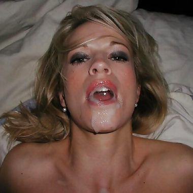 Blonde Frau AMateur Facial